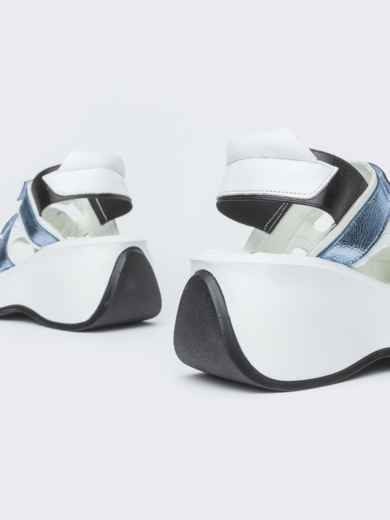 Спортивные босоножки с голубыми вставками - 38986, фото 4 – интернет-магазин Dressa