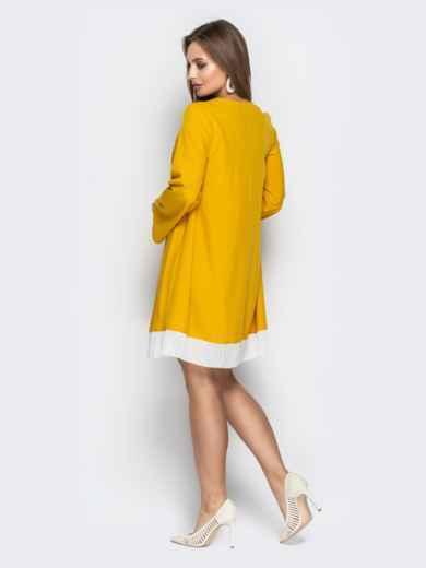 Горчичное платье oversize с контрастной вставкой по низу - 21111, фото 3 – интернет-магазин Dressa