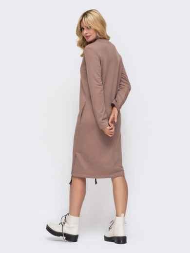 Платье в спортивном стиле из трехнитки с V-образным вырезом пудровое 50340, фото 3
