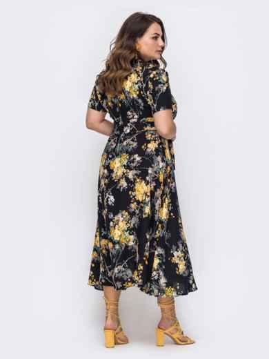 Чёрное платье батал с цветочным принтом и расклешенной юбкой 49699, фото 2