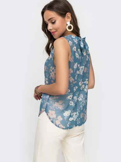 Шифоновая блузка с принтом и бантом на спинке голубая - 49187, фото 2 – интернет-магазин Dressa
