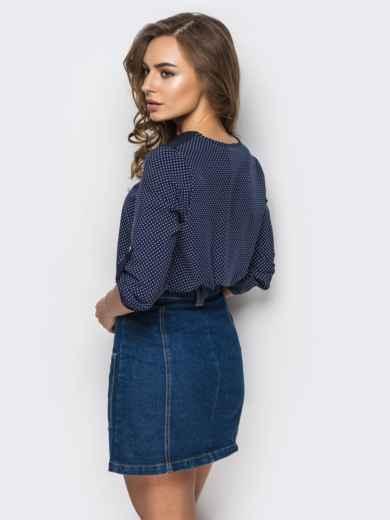 """Тёмно-синяя блузка в принт """"горох"""" с вырезом на горловине - 12403, фото 2 – интернет-магазин Dressa"""