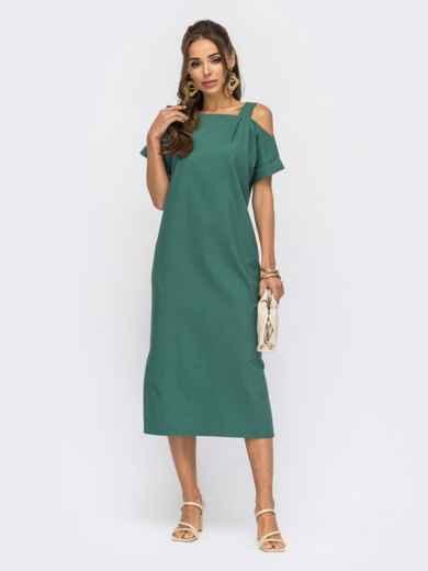 Прямое платье из льна с открытым плечом зеленое 53848, фото 1