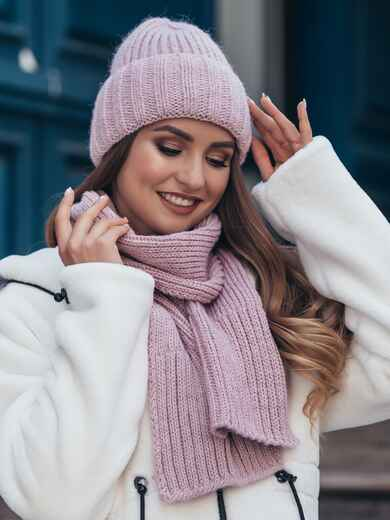 Вязаный комплект из шапки с шарфом пудровый 40440, фото 1