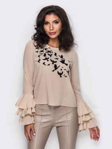 Бежевая блузка с трехъярусными оборками на рукавах 12419, фото 1