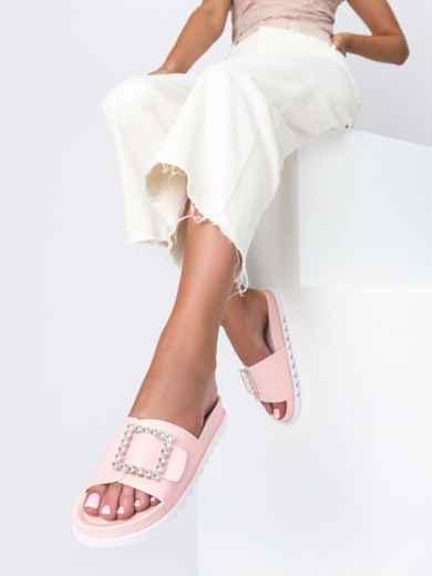 Розовые шлепанцы с белой рельефной подошвой  49747, фото 1