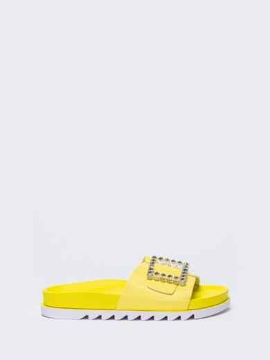 Желтые  шлепанцы с белой рельефной подошвой  - 49748, фото 3 – интернет-магазин Dressa