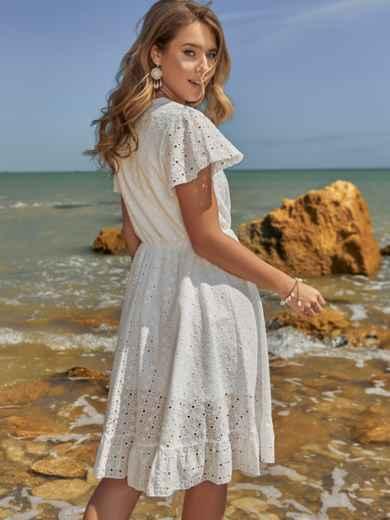 Белое платье из прошвы с резинкой по талии - 48229, фото 4 – интернет-магазин Dressa