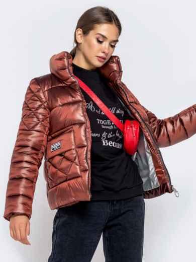 Стёганая куртка с накладными карманами коричневая - 40730, фото 2 – интернет-магазин Dressa