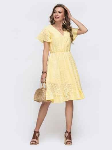 Желтое платье из прошвы с резинкой по талии - 48228, фото 3 – интернет-магазин Dressa