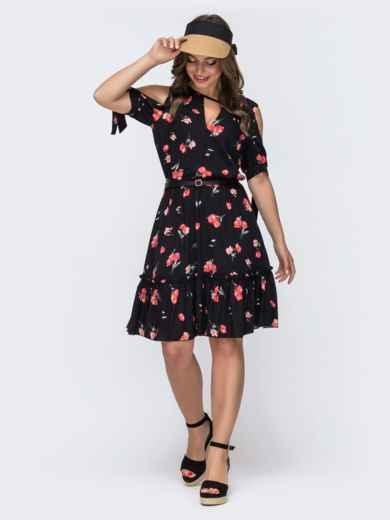 Чёрное платье в горох с фигурным вырезом и резинкой по талии 48072, фото 1