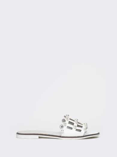 Белые шлёпанцы с перфорацией и жемчужинами - 21781, фото 2 – интернет-магазин Dressa