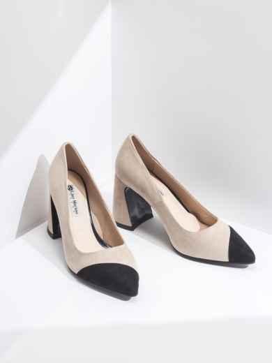 Бежевые туфли из искусственной кожи на каблуке - 45480, фото 2 – интернет-магазин Dressa