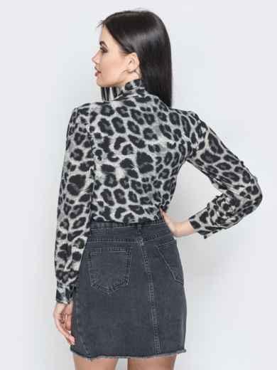 Серая блузка с леопардовым принтом и воротником-аскот - 20718, фото 2 – интернет-магазин Dressa