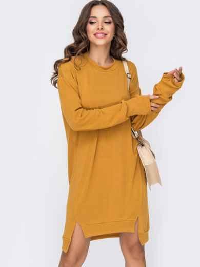 Свободное платье из трикотажа с рукавами-митенками желтое 50964, фото 1