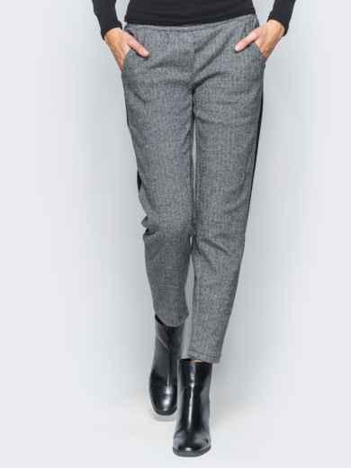 Брюки серого цвета из жаккарда - 17750, фото 4 – интернет-магазин Dressa