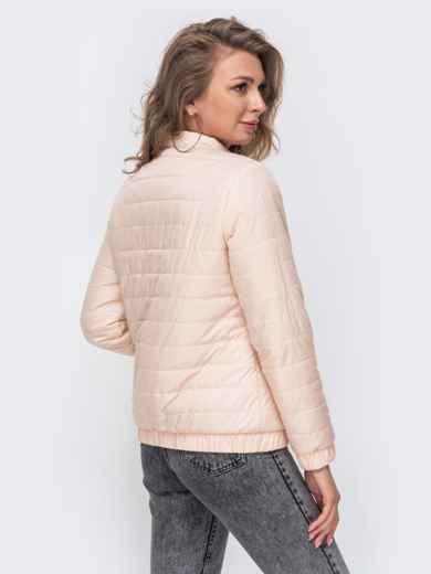 Демисезонная куртка с резинкой по низу пудровая 50641, фото 3