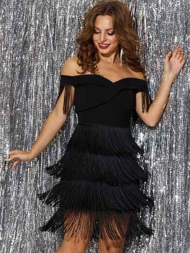 Платье с открытыми плечами и многоярусной бахромой на юбке 42746, фото 1
