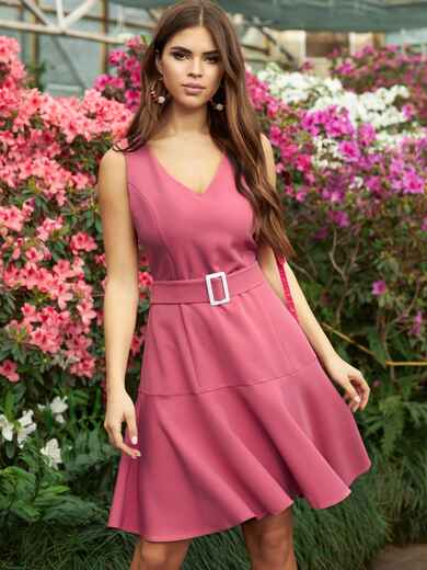 Платье приталенного силуэта с воланом по низу розовое 53699, фото 1