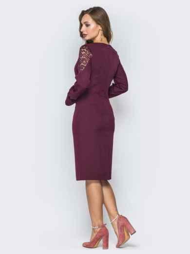 Бордовое платье приталенного кроя с гипюровой кокеткой - 19939, фото 3 – интернет-магазин Dressa