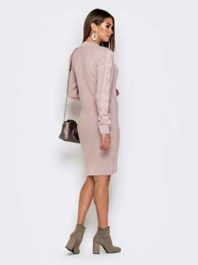 Вязаное платье-миди с косами пудровое - 41062, фото 2 – интернет-магазин Dressa