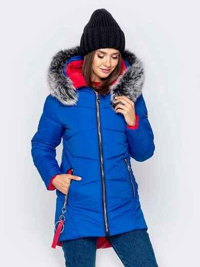 Зимняя куртка с удлиненной спинкой и капюшоном синяя 40912, фото 1