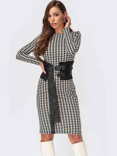 Облегающее платье в «гусиную лапку» с поясом черное 55556, фото 1