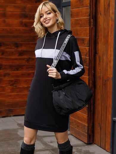 Спортивное платье из двунитки с капюшоном черное 52626, фото 1