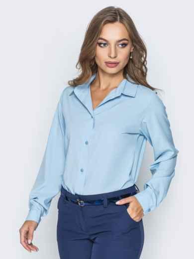 Блузка полуприталенного кроя с функциональными пуговицами голубая - 14228, фото 2 – интернет-магазин Dressa