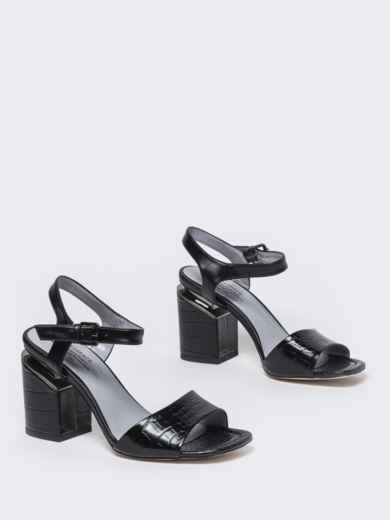 Чёрные босоножки на каблуке с застежкой - 49757, фото 3 – интернет-магазин Dressa