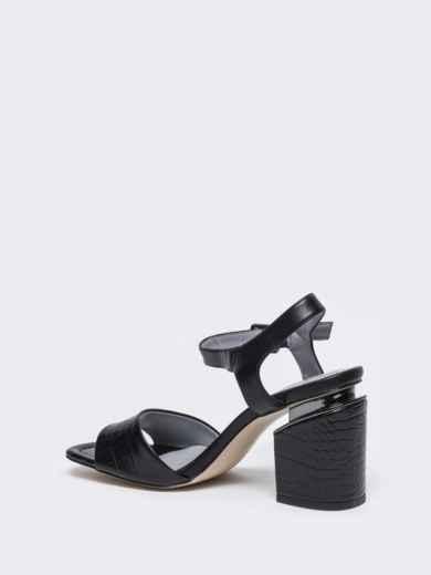 Чёрные босоножки на каблуке с застежкой - 49757, фото 5 – интернет-магазин Dressa