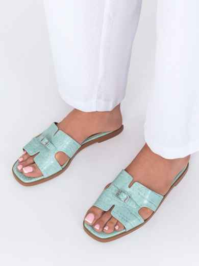 Шлепанцы голубого цвета на плоской подошве  - 49756, фото 2 – интернет-магазин Dressa