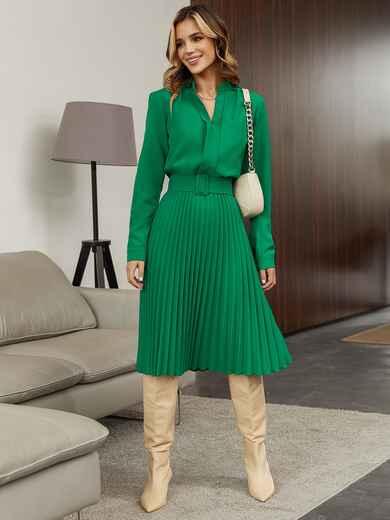 Зеленое платье из костюмной ткани с юбкой-плиссе 55371, фото 1
