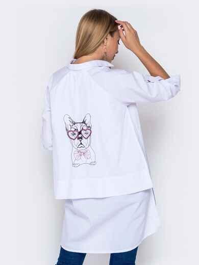 Хлопковая рубашка в V-вырезом и удлиненной спинкой белая - 40841, фото 1 – интернет-магазин Dressa