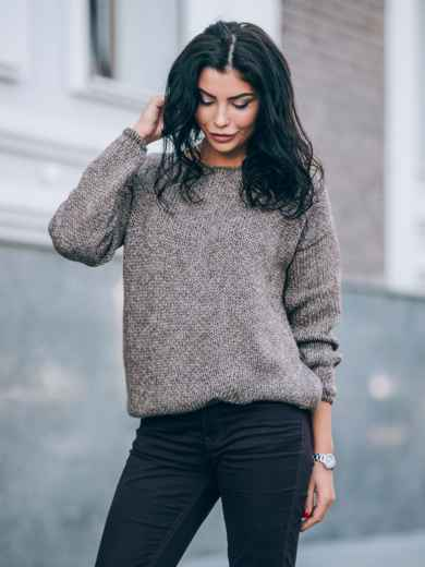 Свободный свитер со спущенным плечевым швом коричневый - 13035, фото 2 – интернет-магазин Dressa