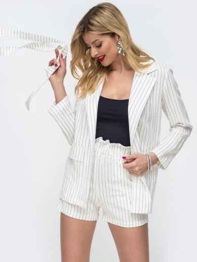 Белый комплект в полоску с шортами и жакетом без застёжек 46626, фото 2
