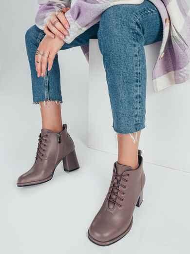 Демисезонные ботинки со шнуровкой на каблуке бежевые 51219, фото 1