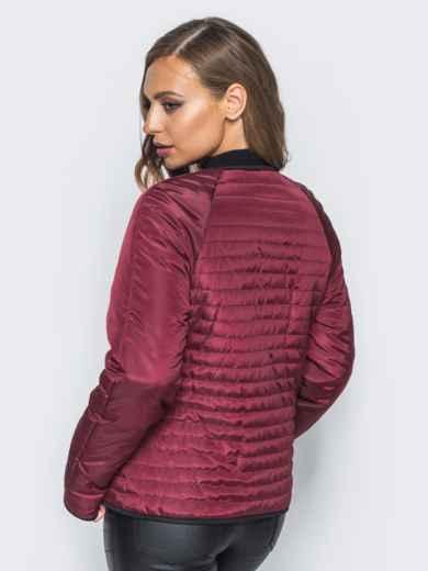 Бордовая стеганая куртка с прорезными карманами - 14690, фото 2 – интернет-магазин Dressa