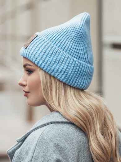 "Голубая шапка с нашивкой ""advisory"" - 15385, фото 3 – интернет-магазин Dressa"