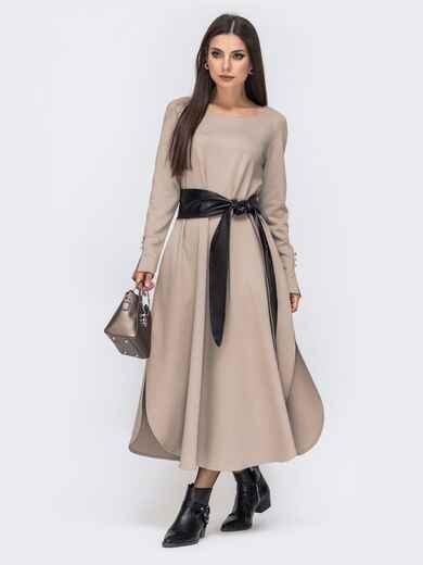 Платье А-силуэта с разрезами по бокам и поясом бежевое 41335, фото 1