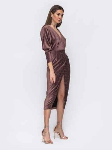 """Платье с вырезом и рукавами """"летучая мышь"""" коричневое - 42640, фото 3 – интернет-магазин Dressa"""