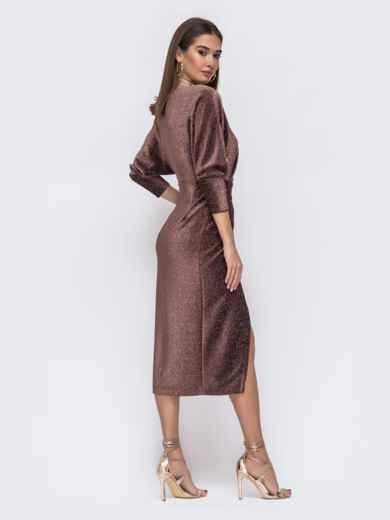 """Платье с вырезом и рукавами """"летучая мышь"""" коричневое - 42640, фото 4 – интернет-магазин Dressa"""