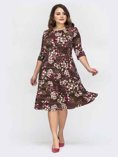 Коричневое платье большого размера с цветочным принтом 44573, фото 1