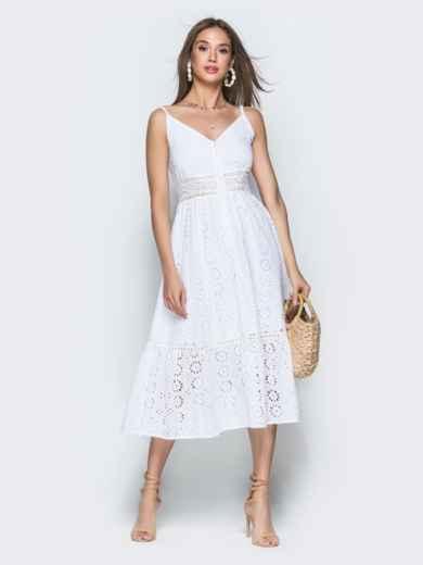 Белое платье из прошвы на бретелях с воланом по низу 38689, фото 1