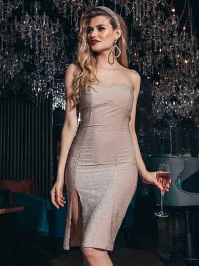 Пудровое платье-бюстье из люрекса с разрезом сбоку - 42832, фото 2 – интернет-магазин Dressa