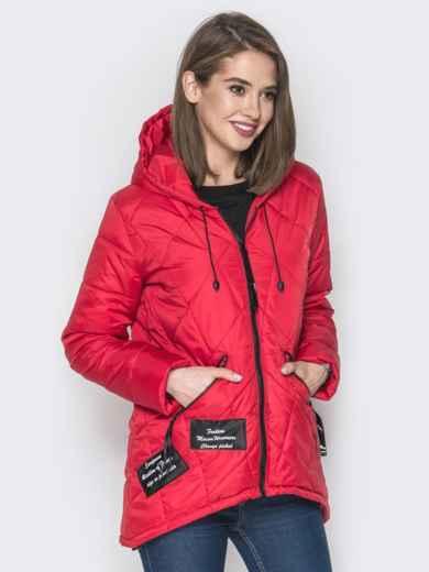 Красная куртка с капюшоном и нашивками спереди 20228, фото 2