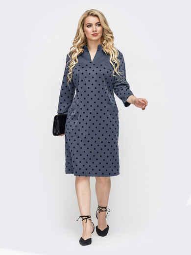 Приталенное платье батал серого цвета в горох 52954, фото 1