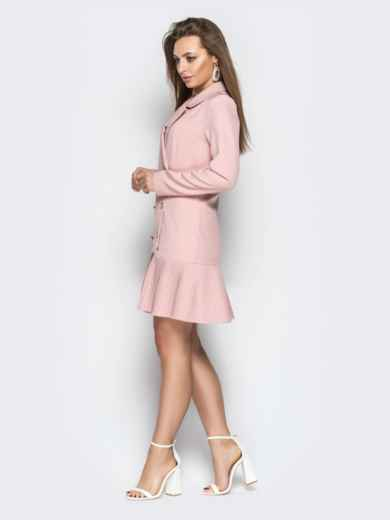 Двубортное платье-пиджак с плиссированной юбкой пудровое - 21209, фото 5 – интернет-магазин Dressa
