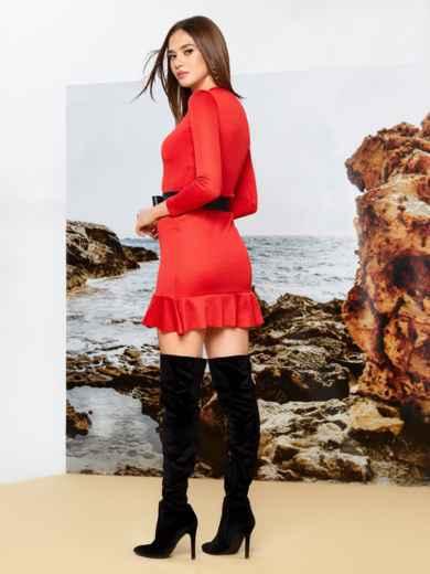 Платье из трикотажа красного цвета с оборкой по низу - 42284, фото 2 – интернет-магазин Dressa