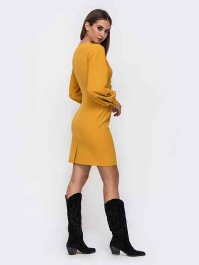 Платье горчичного цвета с V-вырезом 41748, фото 4